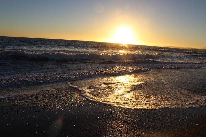 San Simeon Beach - They Call It Renie Art