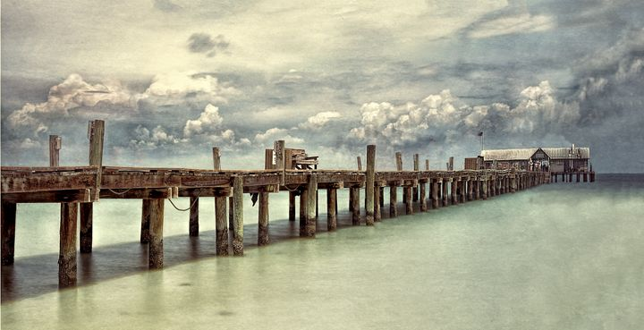 The Anna Maria Pier - Photography By Gordon Ripley