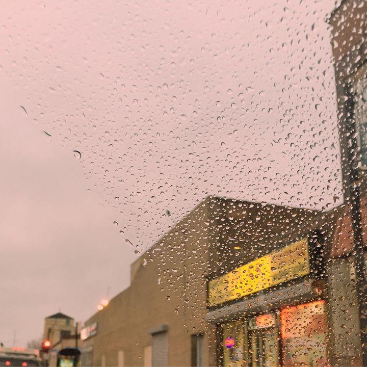 Paste Urban landscape with rain - Cherriesamelie