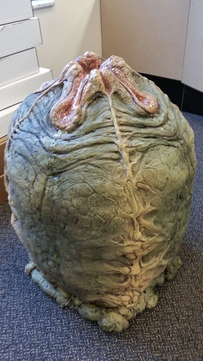 Alien Egg prop: full custom replica - Phil Yeary (Nightmare Images)