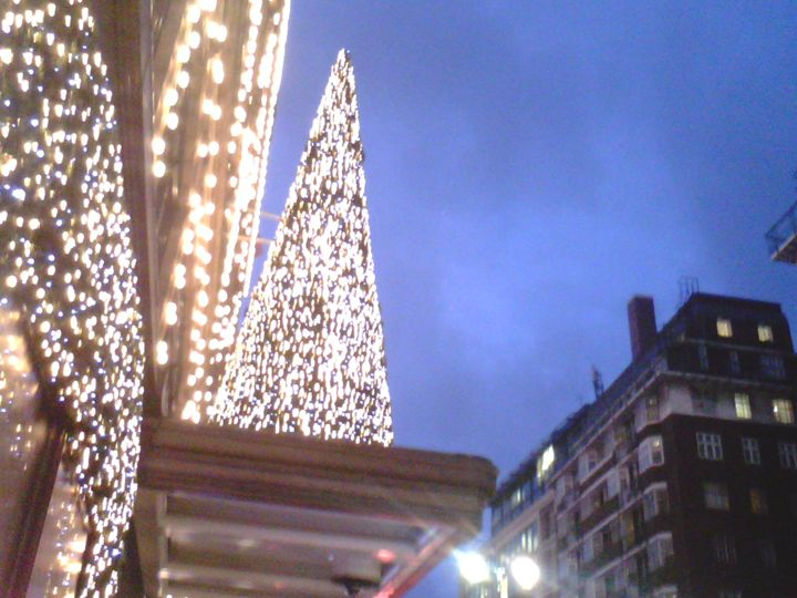 Christmas In London - Chic Net