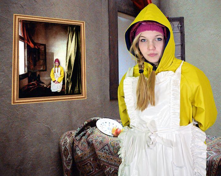 Bild im Bild zofe neelezulma - maids in plastic clothes