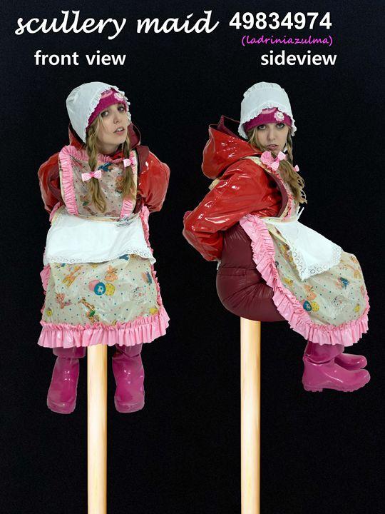 Zofe latriniazulma - maids in plastic clothes