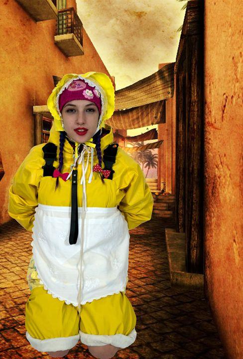 zofe spankapunda im Morgenland - maids in plastic clothes