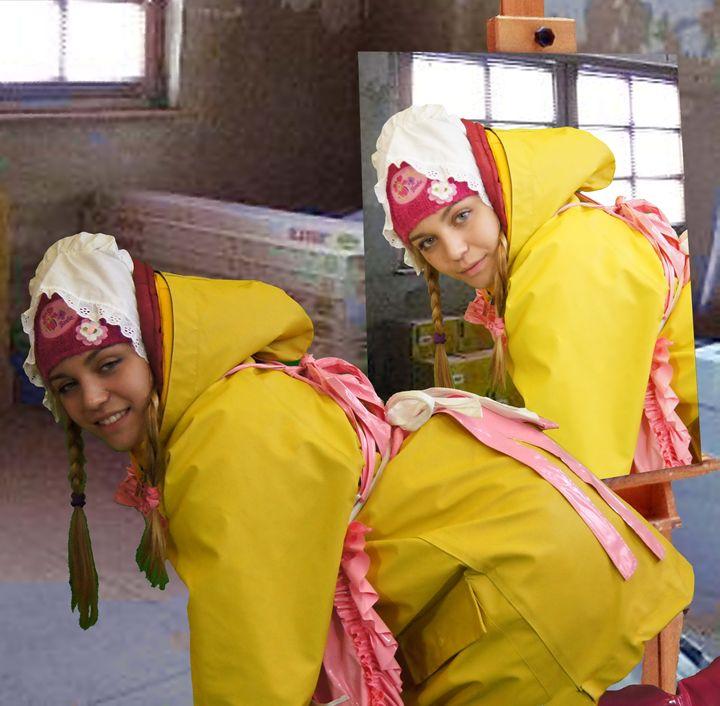 maid ditina kecelja - maids in plastic clothes