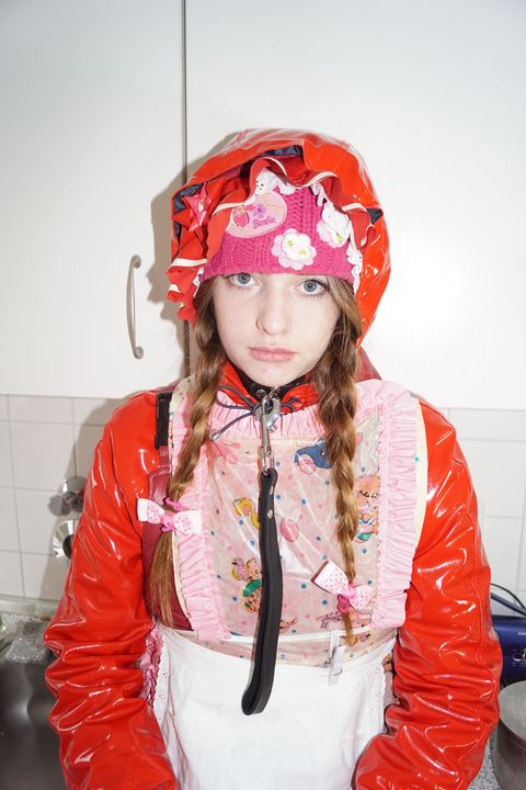 Azubi Küchrenhilfe - maids in plastic clothes