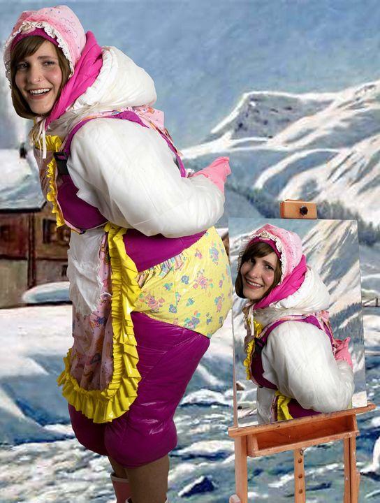 eine schöne Gummihure - maids in plastic clothes