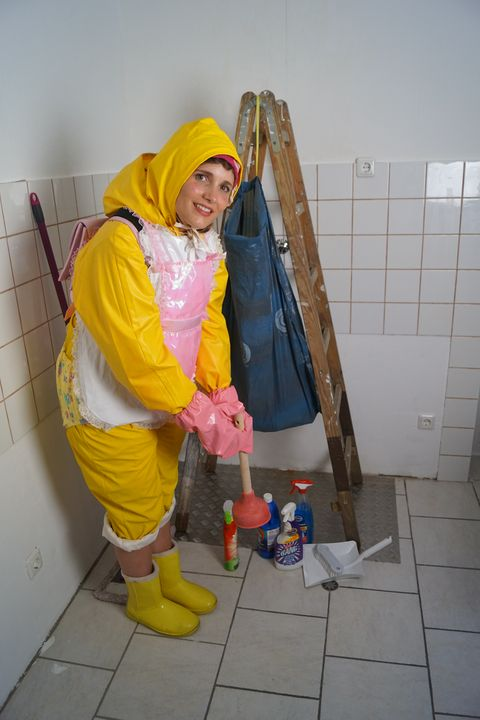 Halal: whore karcila in baby clothes - maids in plastic clothes