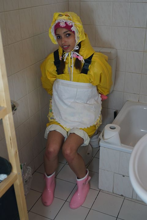 With diaper the toilet remains clean - maids in plastic clothes