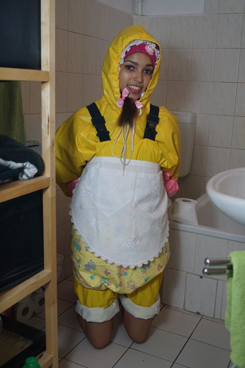 Friesennerz Nutte mareenzulma - maids in plastic clothes