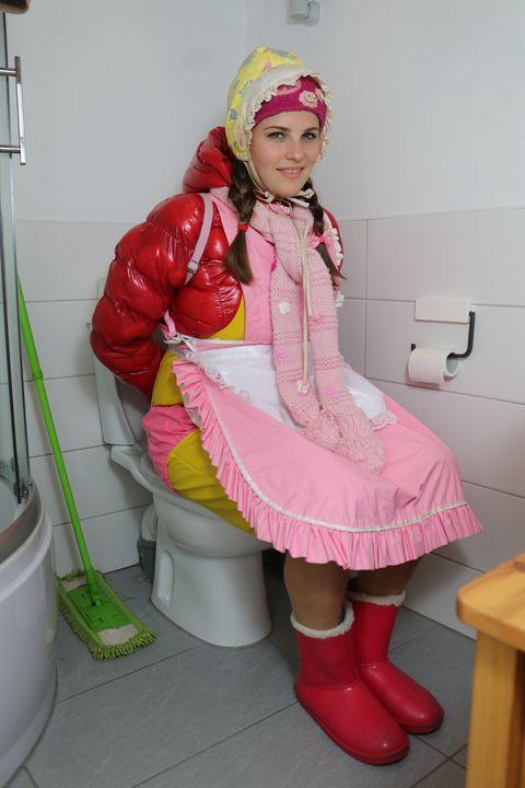 toiletgirl netaarts - maids in plastic clothes