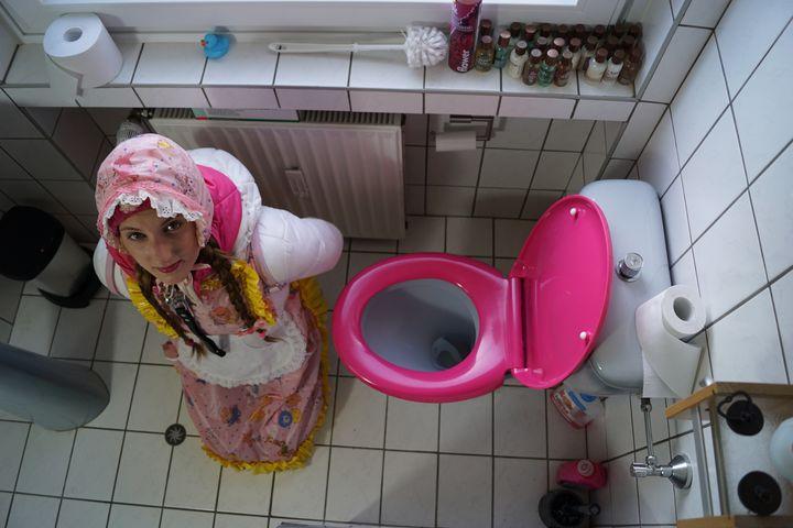 Резиновая шлюха косзазульма - maids in plastic clothes