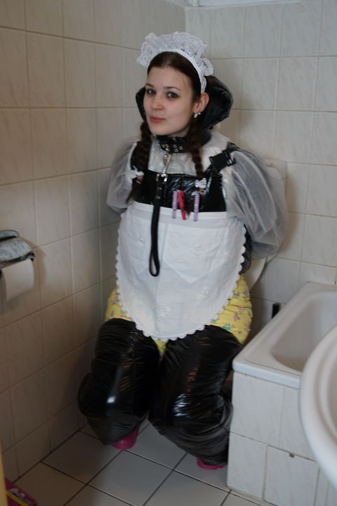 diapered smuttyzulma - maids in plastic clothes