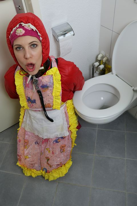 rubber whore fahişezulma open wide - maids in plastic clothes