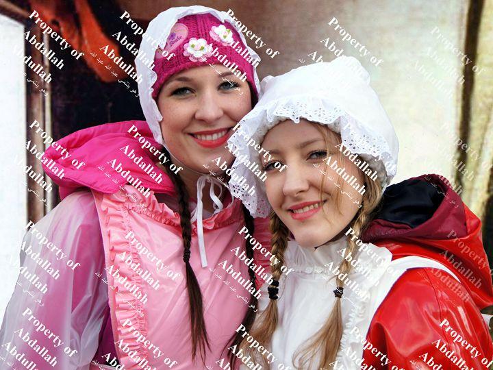 maids xadima-zulma and selma-zulma - maids in plastic clothes