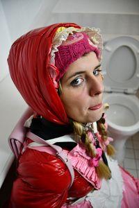 Hala: hübsche Gumminutte