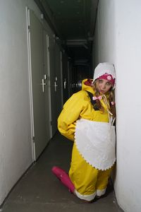 Dhimmi Mädchen Latrinia im Keller