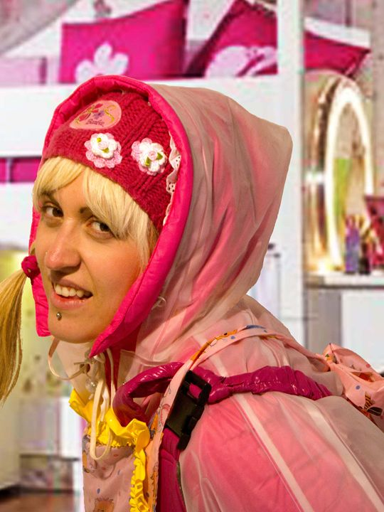 scullerymaid fregona-zulma4 - maids in plastic clothes