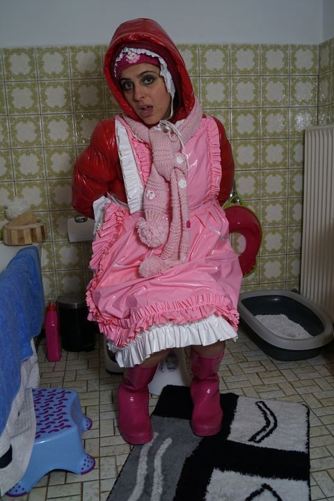 maid Aishaservira offers herself - maids in plastic clothes