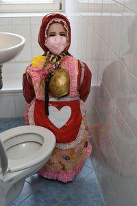 Německá dívka v gumové burce