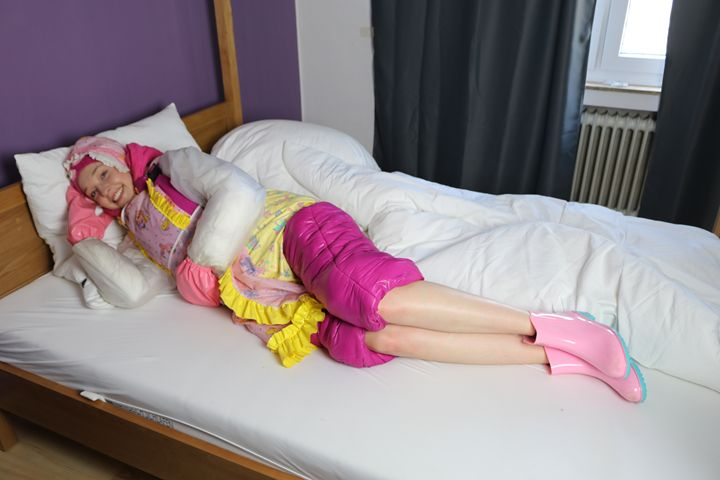 maid derma padrusnika in bed - maids in plastic clothes