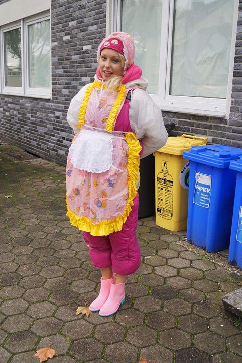 maid zulmapadrusnika working - maids in plastic clothes