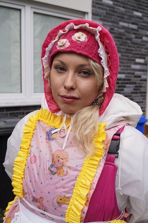 cute maid zulmapadrusnika - maids in plastic clothes