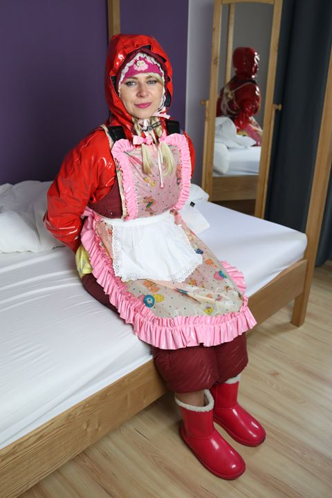 maid paglaschasberma - maids in plastic clothes