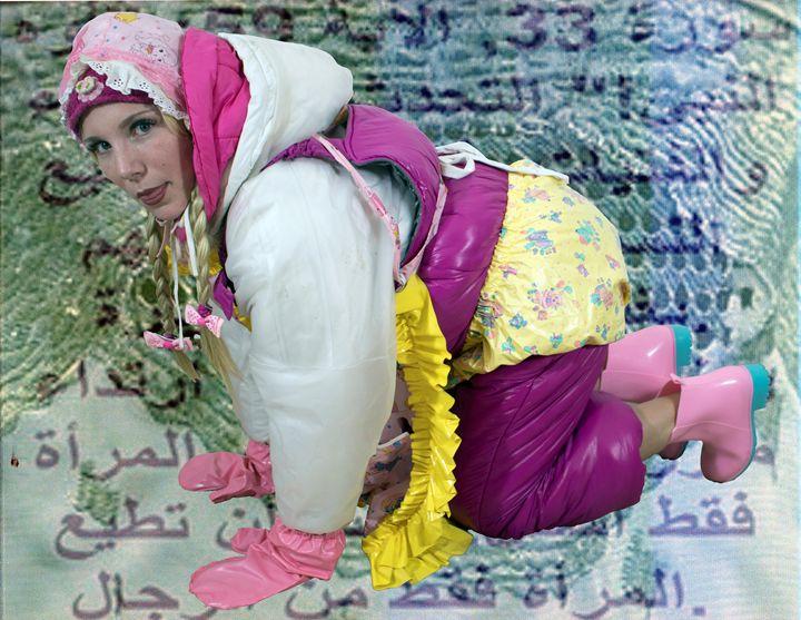 kneeling maid imbecila in Orient - maids in plastic clothes