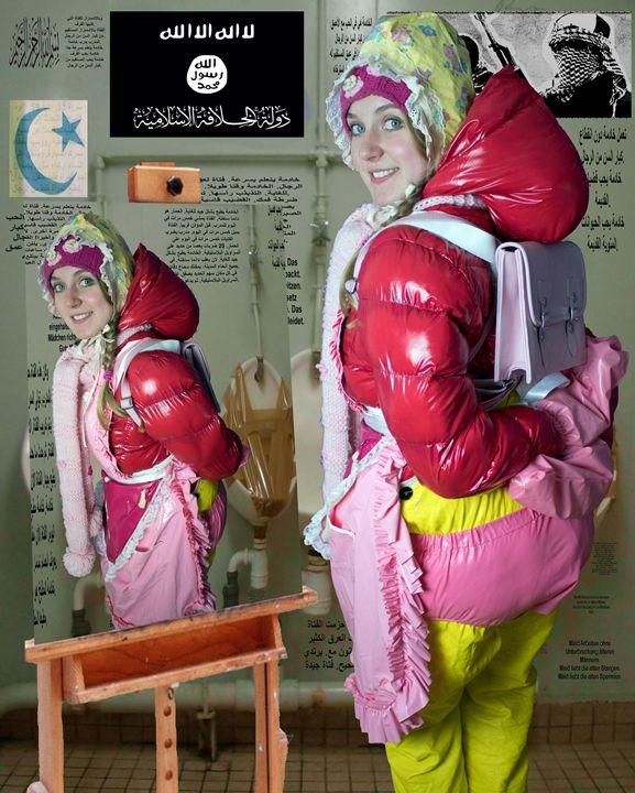 maid moronapigleta - maids in plastic clothes