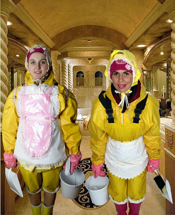loomaids in Friesenerz - maids in plastic clothes
