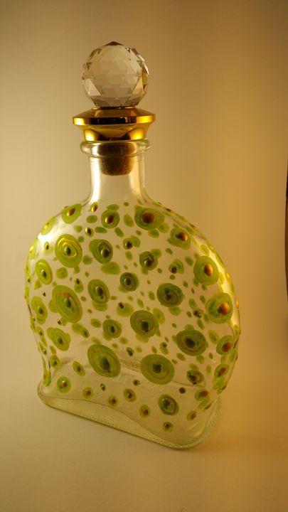 Lizard Bottle - Art by Nazarine