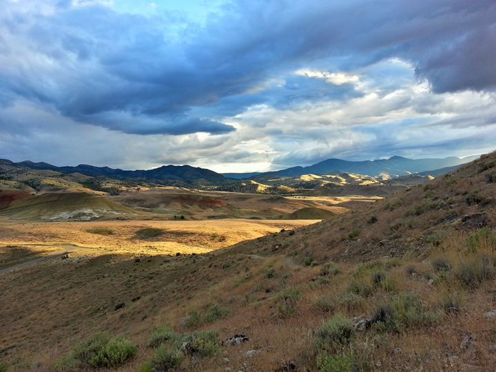 Rolling clouds over rolling hills - SchennCo Images