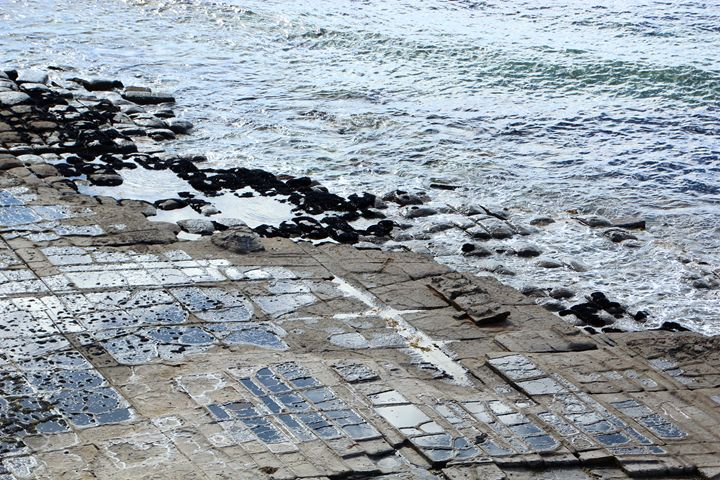 Tessellated Pavement - Charlotte XU