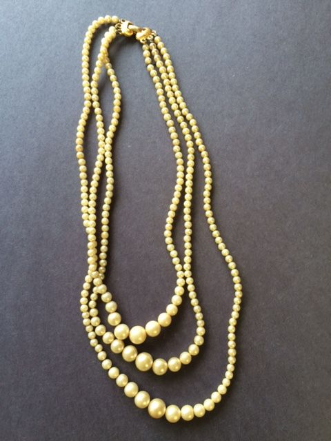 Faux Pearl Necklace - One of a Kind Crafts