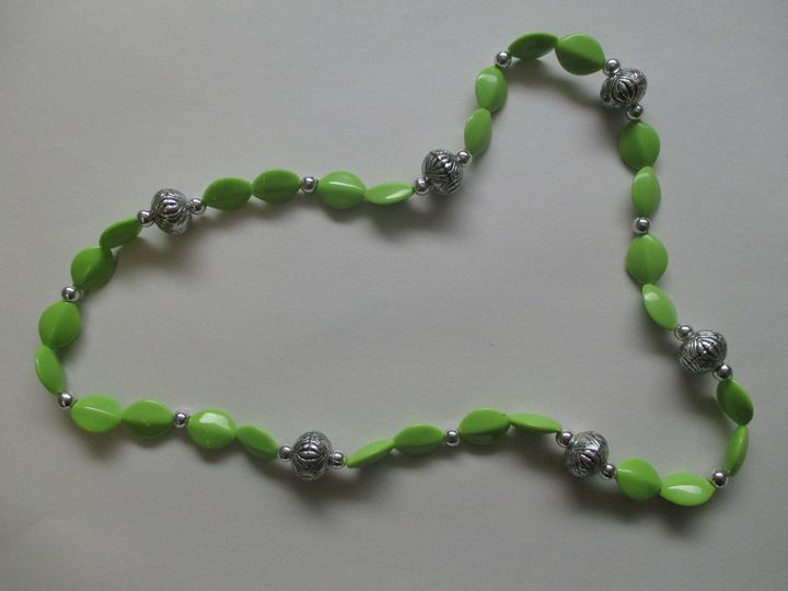 Green Bead Necklace - One of a Kind Crafts
