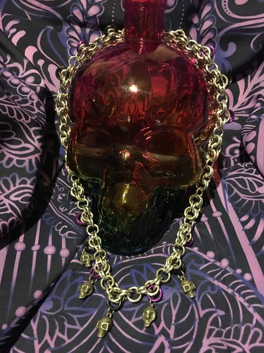 Skull Drop Charm Necklace - Dragon's Lair Masks and Oddities