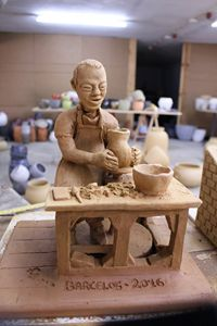 Potter on the wheel - Fernando Dantas, artcraft from Portugal