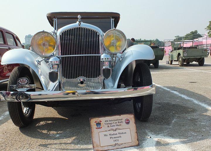Vintage Car - Yogesh Sakhuja