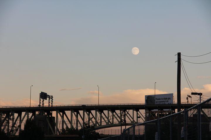 Bridge Silhouette in Pittsburgh - Brooke: An Aspiring Graphic Designer