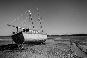 Shooner beached - Pierre-Yves Babelon