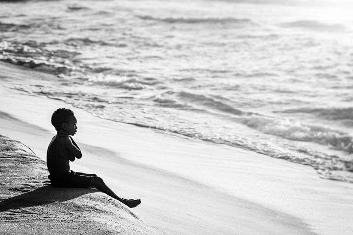 The child and the sea - Pierre-Yves Babelon