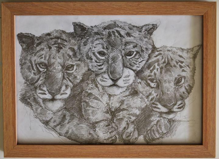 Tiger Triplets - ArtMind