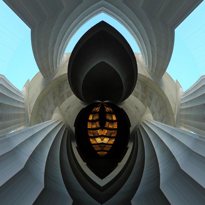 sym 2579 - Art Lahr Gallery
