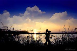 The Sunset Sweethearts at Edmonds WA - Eddie Eastwood