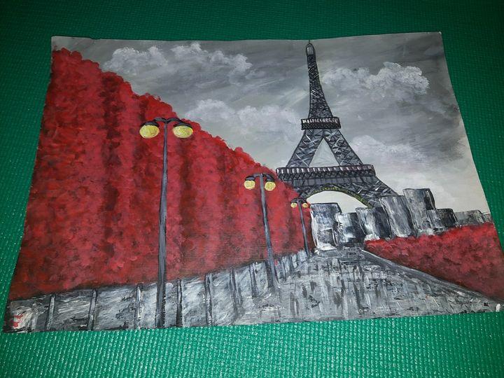 Paris - Natasha Avy