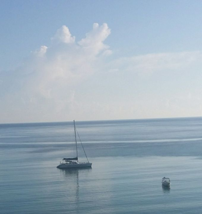 Sailing in Ocho Rios - FOREVER LIFE
