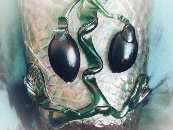 BEAUTIFUL ! ARTISTIC ANTIQUE - BranaghBel Art