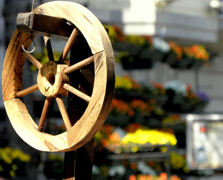 Old Wooden Wheel - BranaghBel Art