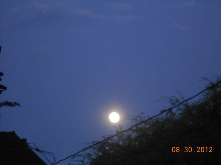 Bright moon - Kate-Ann Art & Photography: Kathy and Stephanie Pe